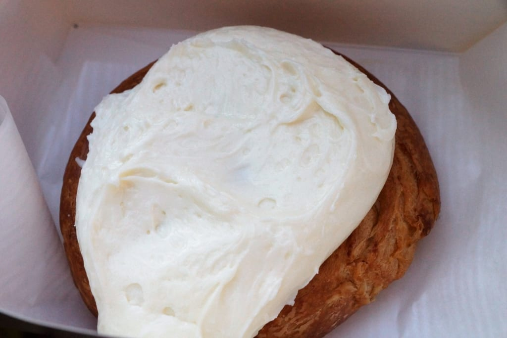 Boardwalk Bakery Review cinnamon roll