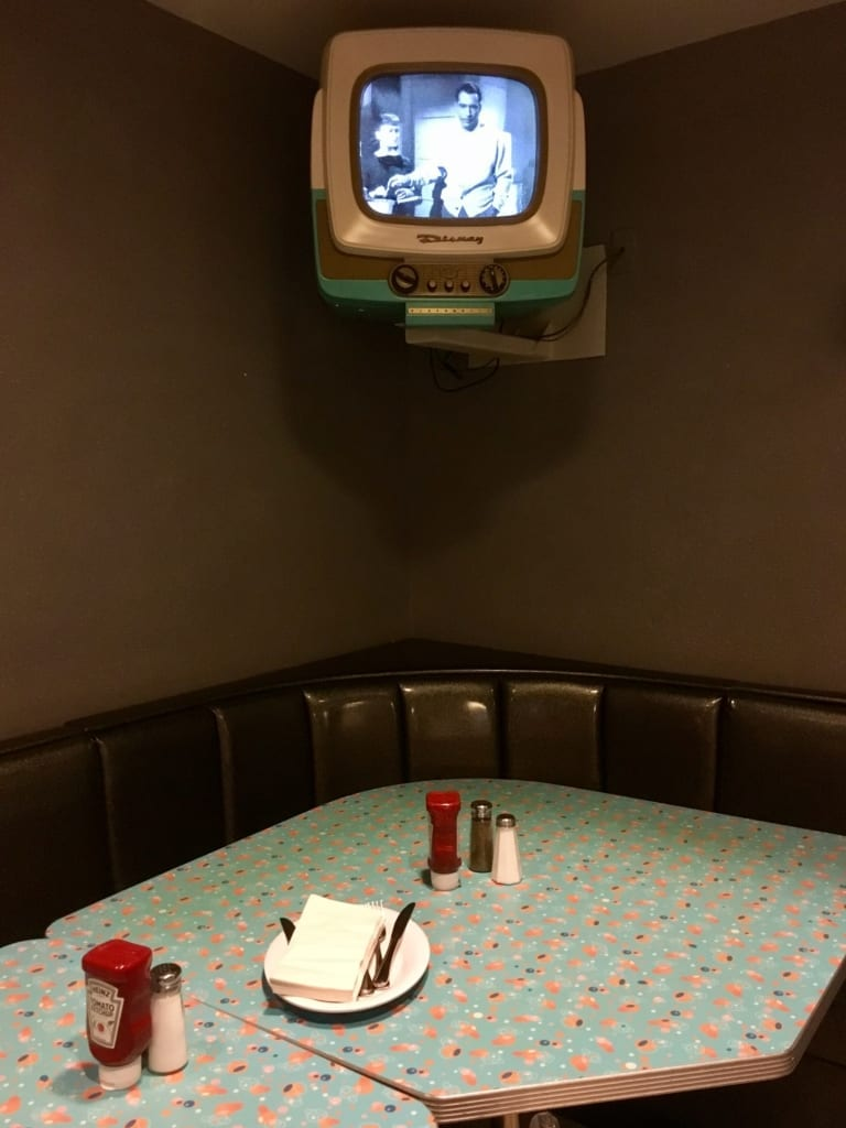 50s Prime Time Cafe Review dining room 4