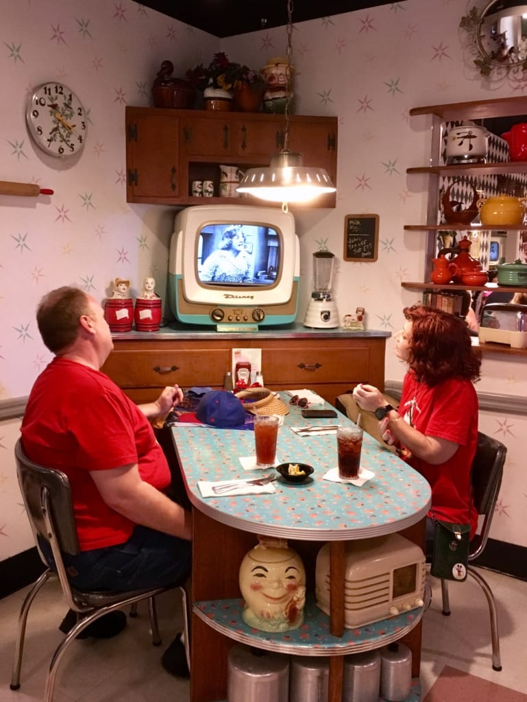 50s Prime Time Cafe Review kitchen tv