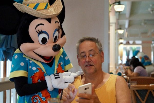 Cape May Cafe Breakfast Review minnie mouse helping dad