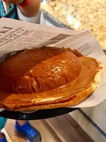 L'Artisan des Glaces Review brioche ice cream sandwich