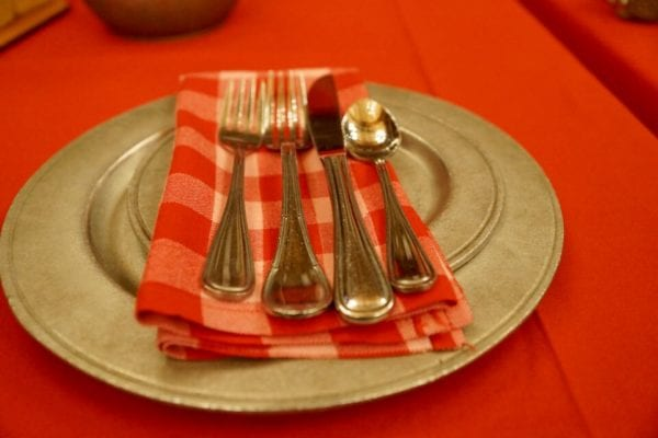 Hoop Dee Doo Musical Revue Full Review Table Setting