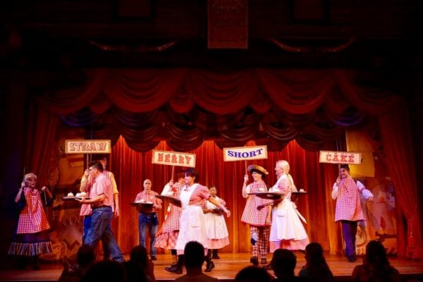 Hoop Dee Doo Musical Revue Full Review Show show dance strawberry shortcake dance waiters