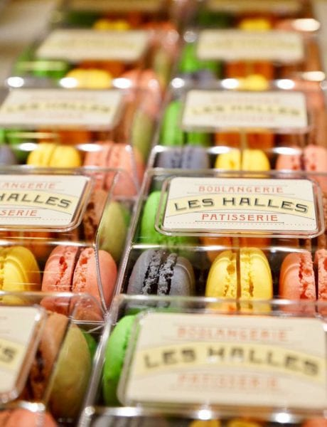 Les Halles Boulangerie Patisserie Review Macarons Display 2