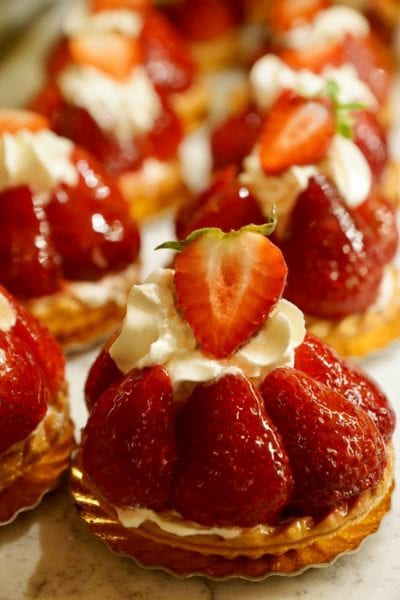 Les Halles Boulangerie Patisserie Review Strawberry Tart Fraises Close