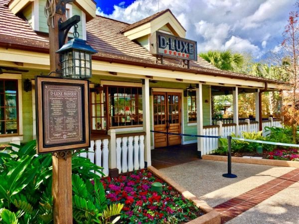 Review: D-Luxe Burger Review in Disney Springs