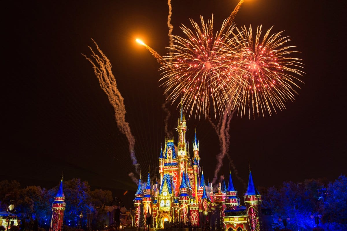 Happily Ever After Fireworks Review Magic Kingdom Ziggy Knows Disney