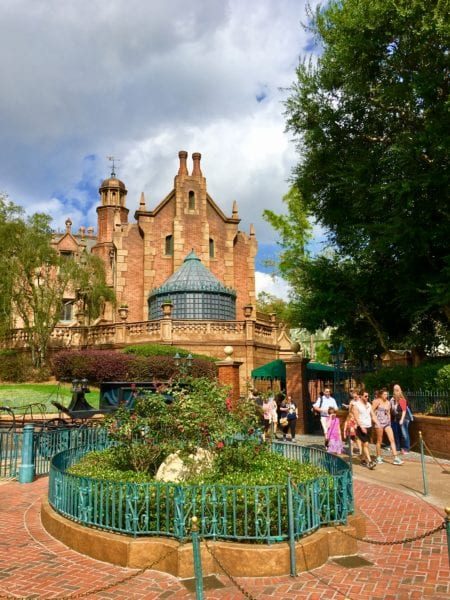 Haunted Mansion Restaurant Coming to Magic Kingdom?