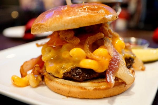 Planet Hollywood Observatory Review Bacon Mac and Cheese Burger Close