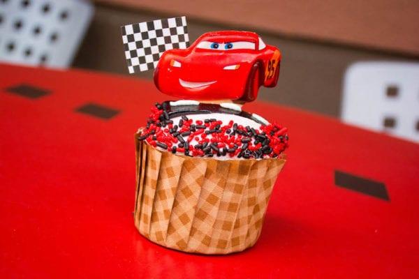 Disney Parks Sweet Treats June 2017 cars 3 cupcake