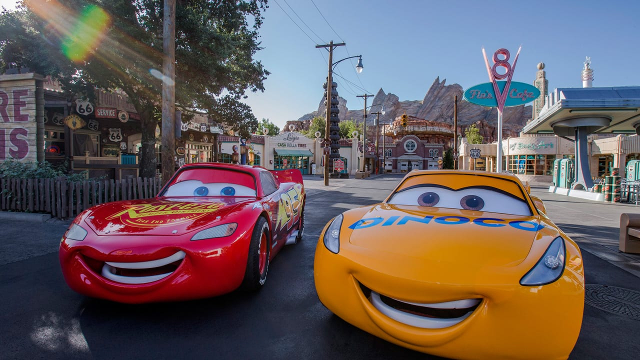 cars 3 cruz ramirez in california adventure ziggy knows disney. Black Bedroom Furniture Sets. Home Design Ideas