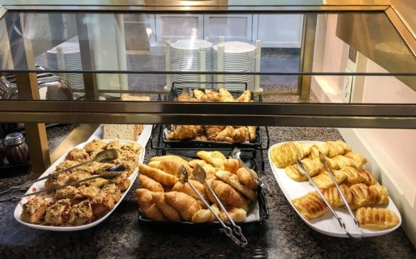 Crystal Palace Breakfast Review Buffet Bread, Croissants, Pastry, Danish