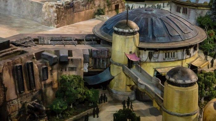 Walt Disney Presents Star Wars Galaxy's Edge Model