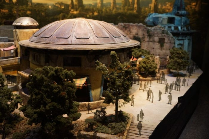 New Star Wars Galaxy's Edge Model people