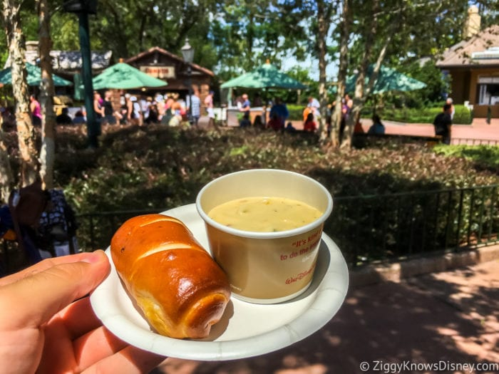 Canada Review 2017 Epcot Food and Wine Festival Canadian Cheddar Cheese Soup