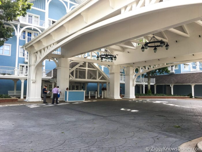 Hurricane Irma in Walt Disney World Beach Club entrance