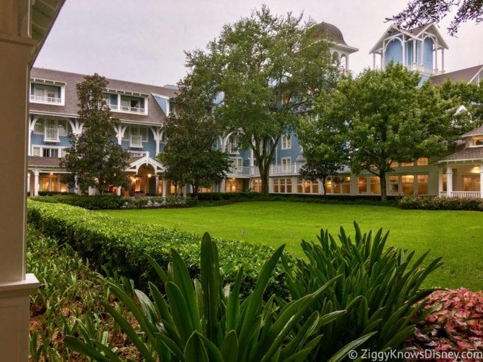 Hurricane Irma in Walt Disney World beach club villas courtyard