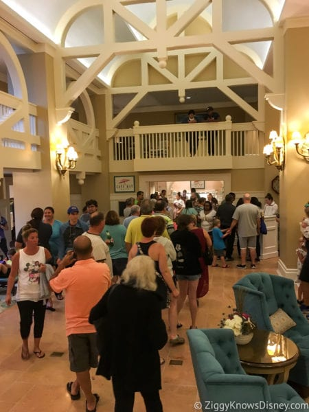 Hurricane Irma in Walt Disney World beach club line for Cape May Cafe