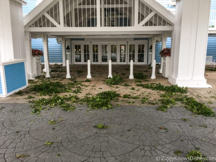 Hurricane Irma in Walt Disney World beach club front entrance