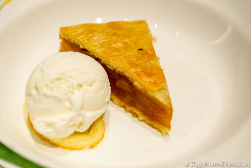 Carioca's Dinner Review Old Fashion Apple Pie