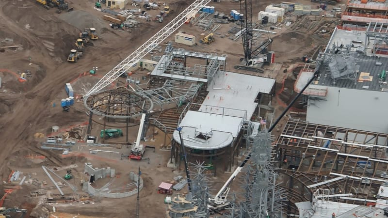 Galaxy's Edge construction update December 2017 new building