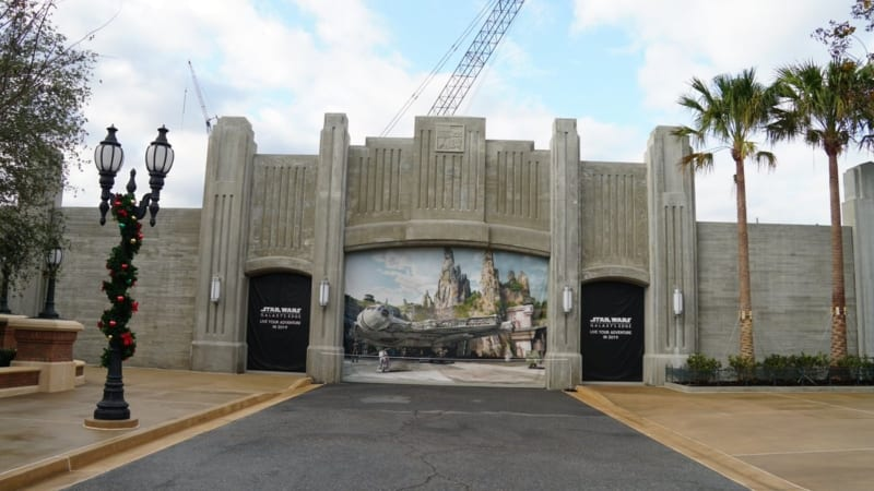 Star Wars Galaxy's Edge Entrance