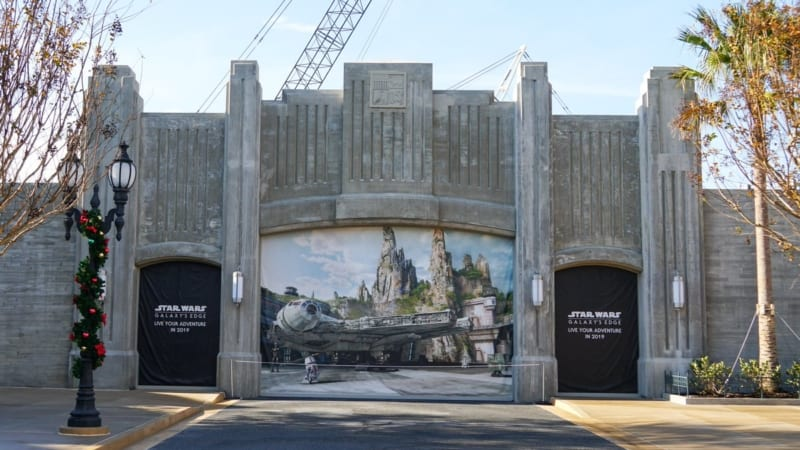 Galaxy's Edge construction update December 2017 entrance
