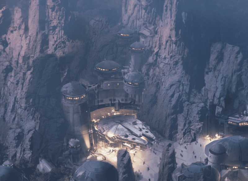 Star Wars Galaxy's Edge Restaurants Layout millennium falcon