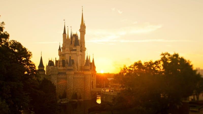 Disney Giving $1,000 to Walt Disney World Cast Members