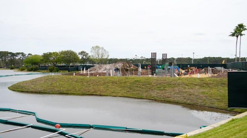 Disney Skyliner Construction Progress March 2018 beams