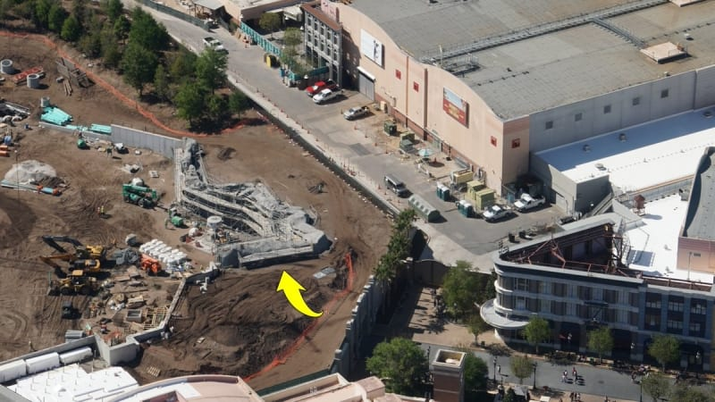 Galaxy's Edge construction update March 2018 tunnel