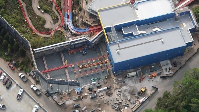 Slinky Dog Trains Toy Story Land station