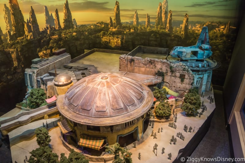 Star Wars Galaxy's Edge Restaurants Layout model