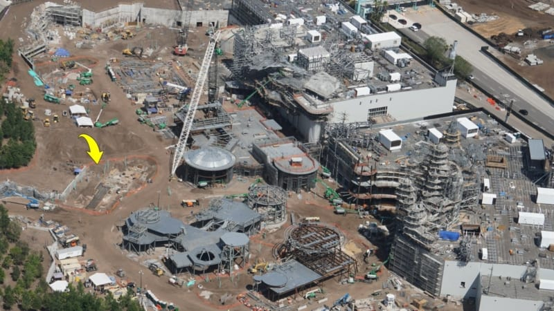 New Star Wars Galaxy's Edge Building