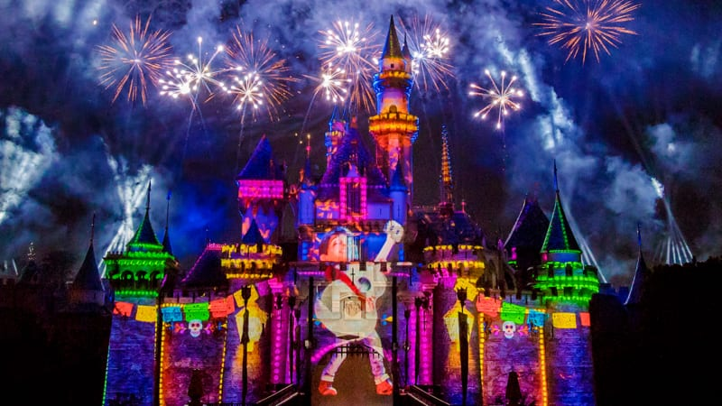 Live Streaming Event of 'Together Forever – A Pixar Nighttime Spectacular'