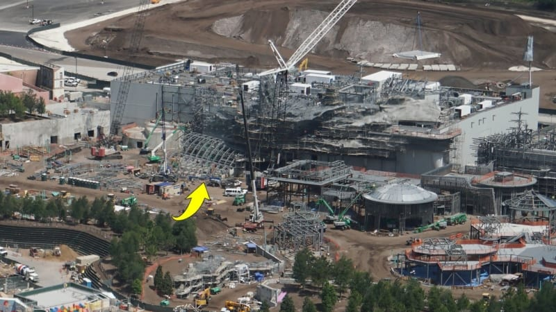 New Roofing Arrives at Battle Escape Attraction in Galaxy's Edge steel overhang