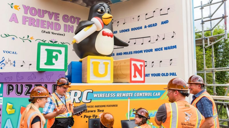 First Look Wheezy Animatronic Toy Story Land