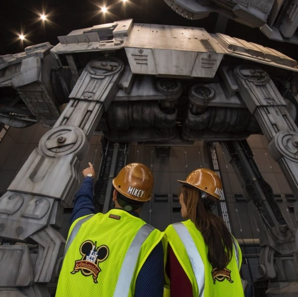 Look at the AT-AT Walkers Inside Battle Escape Attraction in Galaxy's Edge from the ground