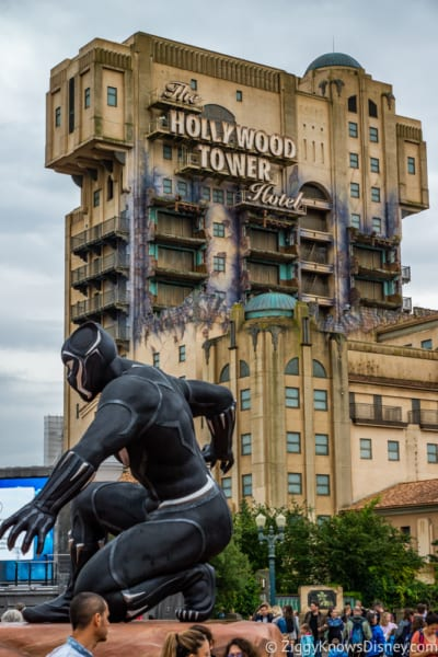 Marvel Statues Marvel Summer of Super Heroes Walt Disney Studios Park Black Panther and Tower of Terror