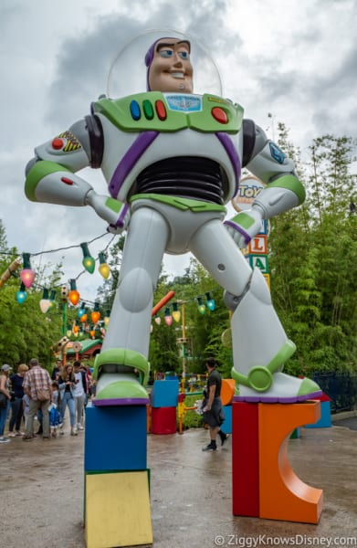 Sneak Peak at Toy Story Land Theming Disneyland Paris buzz lightyear figure