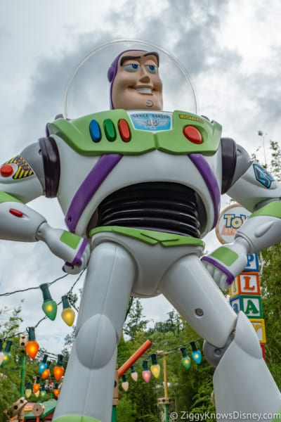 Sneak Peak at Toy Story Land Theming Disneyland Paris buzz lightyear