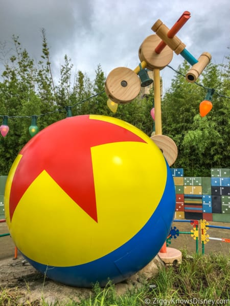 Sneak Peak at Toy Story Land Theming Disneyland Paris luxe ball