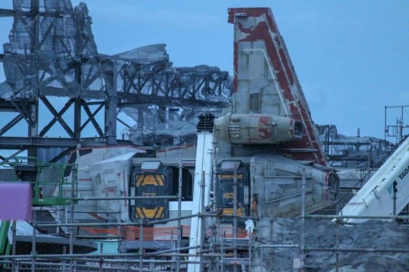 PHOTOS: First Spaceship Arrives in Star Wars Galaxy's Edge in Disney World