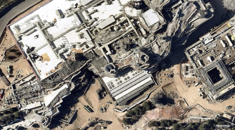 Latest Star Wars Galaxy's Edge Disneyland Aerial Construction photos battle escape
