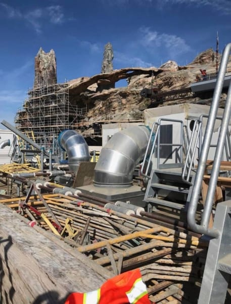 New Star Wars Galaxy's Edge Photos Leaked in Disneyland Park